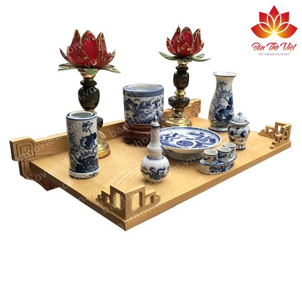 Tóp những mẫu bàn thờ treo gỗ hương bán chạy nhất hiện nay