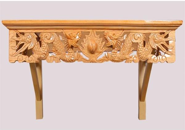 Mẫu bàn thờ treo tường dài gỗ gụ thiết kế gọn gàng